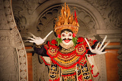 Boo! (Huey Yoong) Tags: bali indonesia dance costume asia character traditional performance arts dramatic story hinduism cultural ubud legong mythical ramayana elaborate refined travelphotography nikkor18200mmvr bariswarriordance