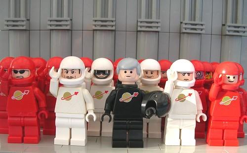 Lego Monster's Classic Spacemen