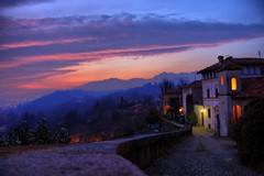 A Glimpse of Italy (! .  Angela Lobefaro . !) Tags: trip travel trees sunset vacation sky italy panorama holiday mountains alps castle scale nature berg architecture stairs montagne landscape atardecer countryside firefox gate italia tramonto sonnenuntergang quality patterns country gimp medieval trepp