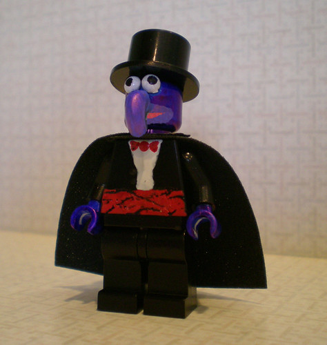 The Great Gonzo custom minifig