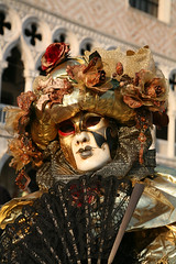 The Black Lace Fan (Photos and Art: Donna Corless) Tags: carnival venice costumes italy black festival portraits gold fan costume europe italia european mask masks carnivale venezia 2009 lacefan donnacorless