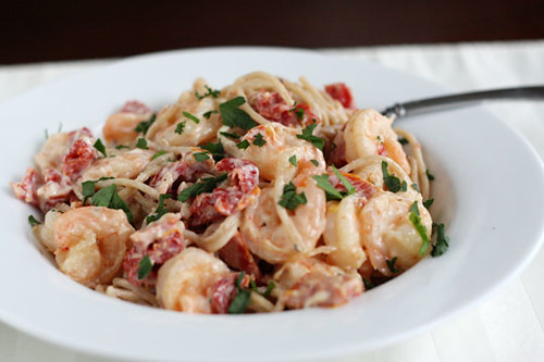 Whole Wheat Pasta with Goat Cheese, Sun-Dried Tomatoes, and Shrimp