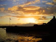Anchor House sunset (Topshaman) Tags: uk sunset house reflection estuary devon anchor gb topsham mywinners
