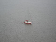 Boat from the Humber Bridge (eamoncurry123) Tags: bridge boat suspension yorkshire north estuary lincolnshire east riding barton suspensionbridge upon humberbridge humber eastyorkshire hessle northlincolnshire eastriding bartonuponhumber