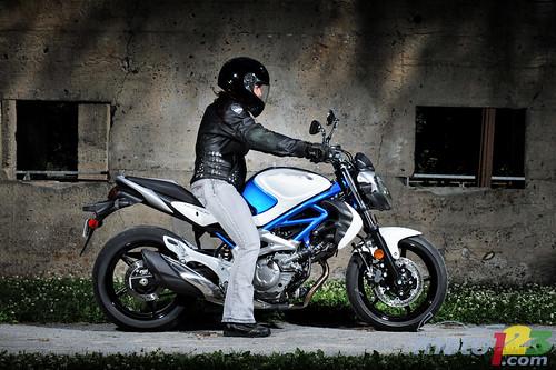 2009 Suzuki SFV 650 Gladius Pictures Wallpaper