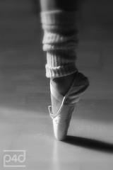my point (photos4dreams) Tags: ballet dance ballerina dancing dancer selbstportrait magicmoments susannah centerstage ballett selfie legwarmer spitze selfies pointeshoe spitzenschuhe spitzentanz thisisexcellent photos4dreams photos4dreamz p4d
