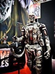 T-600 Terminator Salvation life size (louisvuitton_jon) Tags: toys terminator collectibles sideshowcollectibles t600 terminatorsalvation comiccon2009
