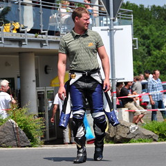 Nordschleife weekend  Motorcycle suits can get warm (Michiel2005) Tags: man race germany deutschland gear eifel biker poloshirt circuit allemagne nuerburgring duitsland nordschleife nrburgring nurburgring motorpak motorrijder