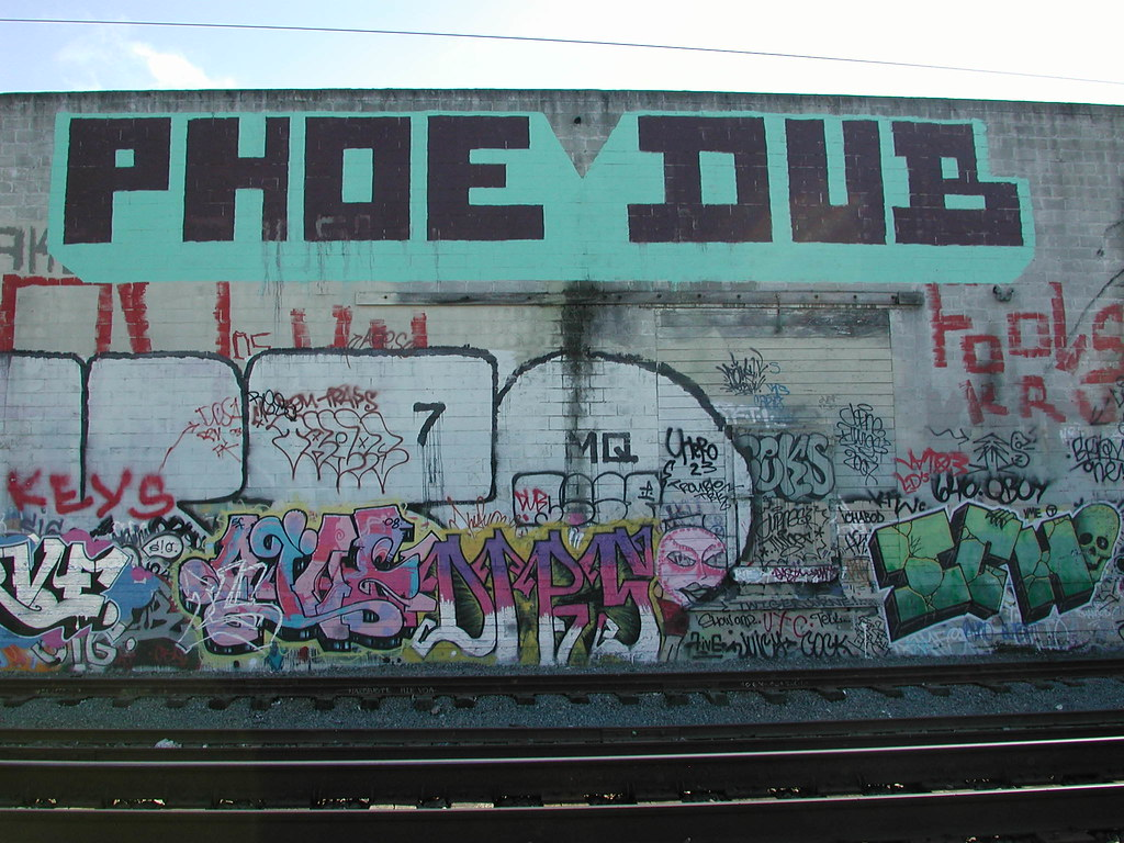phoe dub Graffiti - Bay Area.