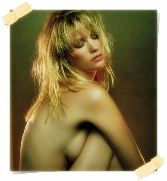 january-jones-topless-celebdump2