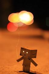 我的氣球很棒吧! (sⓘndy°) Tags: sanfrancisco toy toys box figure figurine sindy kaiyodo yotsuba danbo revoltech danboard 紙箱人 阿楞 updatecollection amazoncomjp