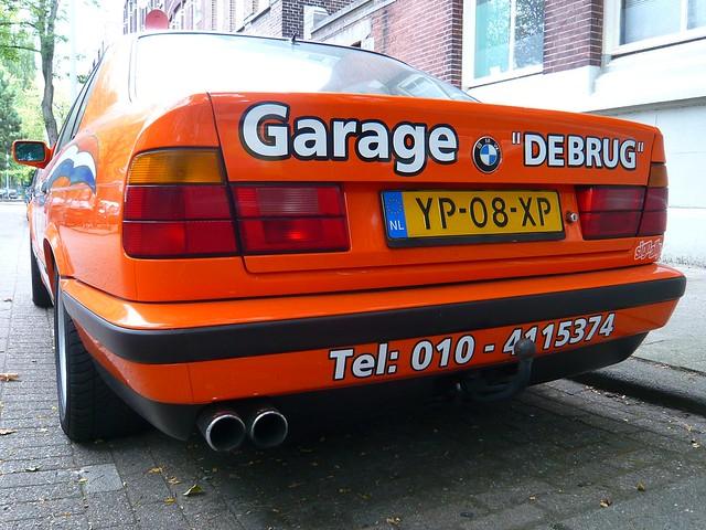 orange classic cars parking bmw 525 1990 spottedinthewild iau9