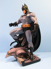 Jim Lee Batman Mini-Statue (FranMoff) Tags: black rooftop statue grey tim dc gray jim gargoyle lee batman gotham hush porcelain direct bruckner oc658