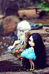 the grils from Brazil (r e n a t a) Tags: friends brazil nature brasil canon bonecas dolls afternoon photographer andrea sopaulo natureza meeting plastic geisha mohair blythe  amigas drakes encontro dorian fotgrafa pinheiros plsticos lacrafiteira sabrinaeras elianasaito lilitix