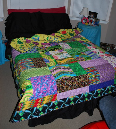 lauren's quilt :: on her bed