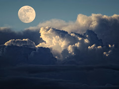 Full Moon (Dragan*) Tags: blue light sky moon nature clouds lune space serbia luna fullmoon craters astronomy belgrade drama beograd srbija giap dragantodorovic singidunum