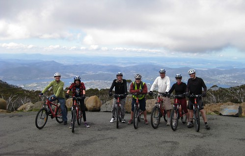 Mt Wellington Descent (bike ride) - Mar09