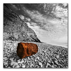 The rusty drum (s0ulsurfing) Tags: wild sky blackandwhite bw panorama cliff cloud sunlight white seascape black beach nature clouds composition contrast trash photoshop cutout square landscape island grey mono bay coast march rust scenery rocks skies natural drum compton wide perspective shoreline rusty fluffy wideangle monotone ps warped cliffs coastal filter shore pollution windswept isleofwight rubbish oil getty coastline foundart grad landschaft ultrawide isle 2009 diffused squared wight altocumulus selectivecolour 10mm postprocessing comptonbay sigma1020 mackrelsky nd4 s0ulsurfing aplusphoto vertorama altocumulusstratiformisradiatus