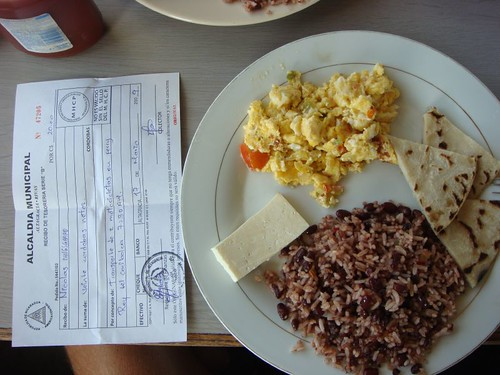 Gallo pinto-brekkie on the boat back to the mainland from Isla Ometepe...
