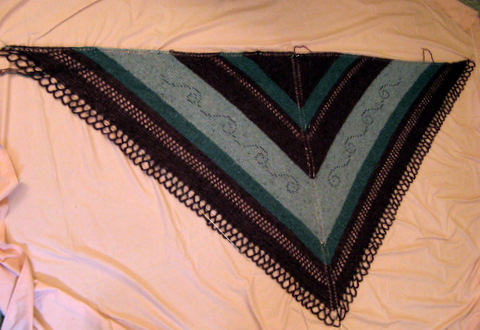 Huepow's Garden Shawl: Blocking