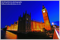 London Big Ben ~ Its the Blue Hour time at the Big Ben!...~ (david gutierrez [ www.davidgutierrez.co.uk ]) Tags: city blue light sky urban building london tower clock colors westminster architecture night buildings dark spectacular geotagged photography photo arquitectura cityscape darkness image dusk sony centre cities cityscapes parliament bigben center palace front structure architectural explore nighttime 350 hour page londres architektur nights sensational metropolis bluehour alpha topf100 frontpage londra impressive dt nightfall municipality edifice cites f4556 100faves 1118mm sonyalpha anawesomeshot sonyalpha350 alpha350 sonyalphadt1118mmf4556lens sonyalphadt1118mmf4556 sony350dslra350