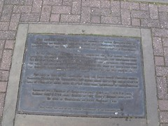 Photo of Edward Elgar bronze plaque