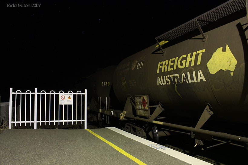 how to go to canberra from sydney by train