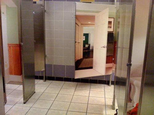 Garden State Mall Charmin ladiesrooms