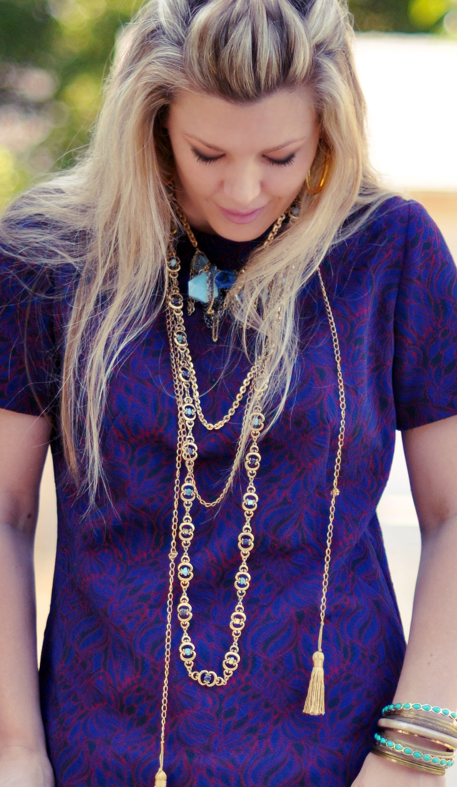 60's look+gold necklaces and bangles