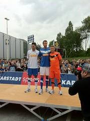 Live von der Präsentation des neuen Trikots des VfL Bochum für die neue Bundesliga-Saison aus dem  Ruhr-Park