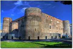 Catania - Castello Ursino (HDR) (-Bandw-) Tags: city wallpaper sky italy panorama castle castles clouds digital canon landscape eos rebel high ruins italia nuvole ruinas cielo sicily wallpapers middle fortification bandw range turismo castell