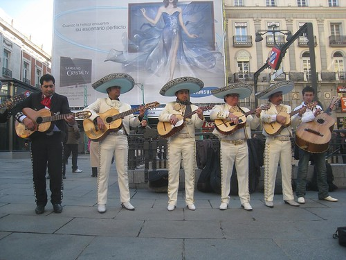 Street performers in Madrid