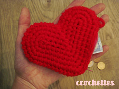 New heart purse by Crochettes (Alcia) Tags: red rojo heart handmade crochet craft yarn purse corazon saintvalentine sanvalentin monedas monedero ganchillo