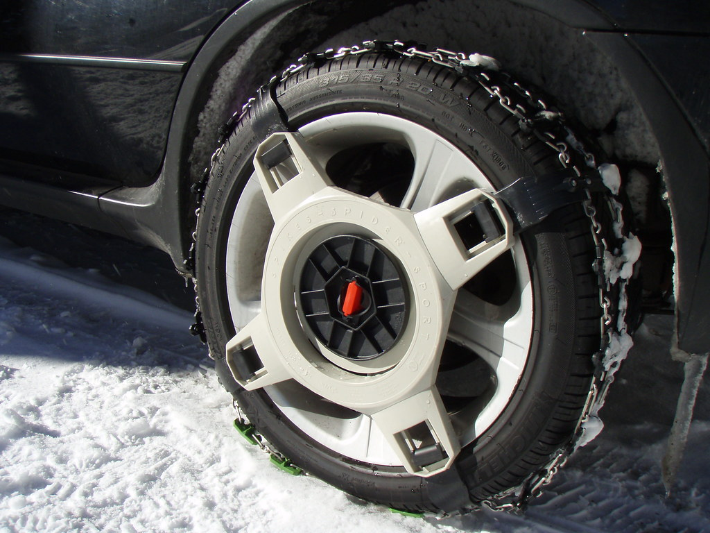 "Craigslist N Ms >> Spikes-Spider snow chains on 20"" tires - Xoutpost.com"