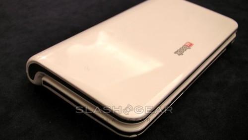 umid-m1-mid-mwc09-slashgear-03-androidcommunitycom