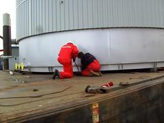Tank Transport 13 mrt 2008 011 (Davydutchy) Tags: netherlands boat canal crane steel transport barge friesland stainless tanks vats sneek frysln snits mammoet vogonpoetry holvrieka holvriekanirota vogoncentum