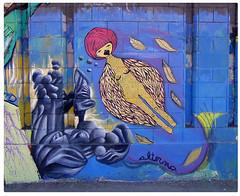 en cerronavia (alterna ) Tags: chile muro america calle foto arte cerro natalia boba latina graff nati sole muralla marzo navia callejero alterna alternativa reciclandomuros leonclaquin alternaboba