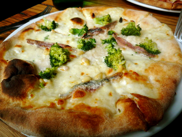 Pizza broccoli