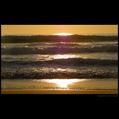 my golden waves for you ... (juntos ( MOSTLY OFF)) Tags: sunset sea fab golden perception waves harmony chapeau omg soe blueribbon blackrose bellissima themoulinrouge 500x500 firstquality supershot searchforthebest imagepoetry theoldport goldengallery flickrsbest photographicexcellence mywinners abigfave supershots fortheart platinumphoto infinestyle flickrdiamond farandawaythebest bestoflickr ysplix aphotos heartsawards theunforgettablepictures brillianteyejewel goldsealofquality platiniumphotography theperfectphotographer goldstaraward goldstarawards photographersparadise dragonaward landscapesdreams thirdlife spiritofphotography damniwishitakenthat aguasdivinas lightpaintersociety lesamisdupetitprince artofimages saariysqualitypictures saarysqualitypictures thoughtsbytheocean imagesofthelittleprince visionquality highenergyplaces artfortheart thearcadiasociety robertcapaaward anthologyofbeauty goldenpowerclub mesartgroup glsuper sunseandsand cubeofexcellency splendidpictures lightpainter50 joetbesgroup