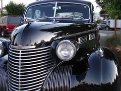 1940 Cadillac (Seattle.roamer) Tags: black art shiny 1940 cadillac chrome headlight streamlined deco