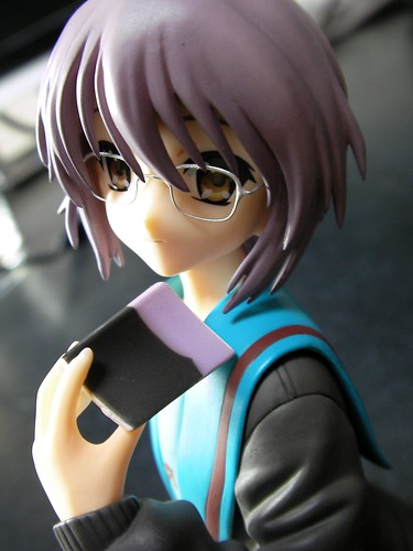 Nagato Yuki Uniform Ver. with glasses (4)