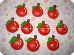 cerejinhas (Alane  maria julia biscuit) Tags: verde cherry cherries julia handmade maria vermelho biscuit cereja cerejas m manualidade porcelanafria cerejinhas mariajuliabiscuit