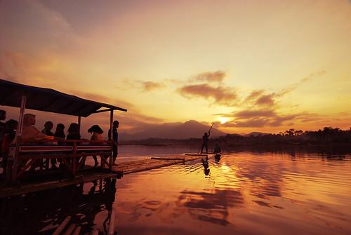 260609 > Situ Bagendit, Garut , West Java, Indonesia