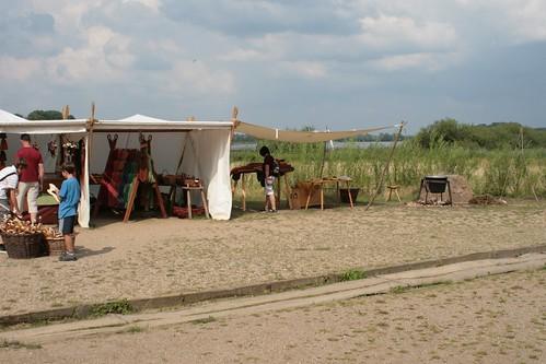 Zelte von Vikingr-Kontor und NordischWerk in Haithabu 09-08-2009