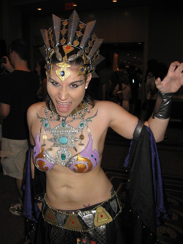 Queen of the Damned Costume http://www.halforums.com/xenforo/threads/good-cosplay-thread-part-2.16846/page-23