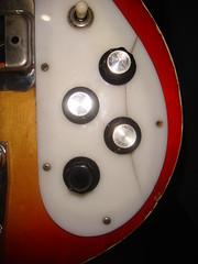 Shaftesbury Bass broken pick-guard