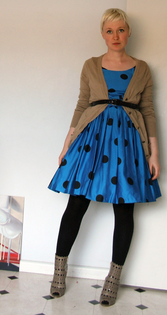 silk dots + cut-out boots