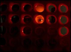 jugando cuando se corta la luz (Lucrecia Carosi) Tags: eye luz ojo nia juego julieta pequea juguete colourartaward purreta
