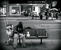 the other side of 5th Ave (bNat!) Tags: poverty nyc usa ny newyork avenida us unitedstates manhattan homeless 5thavenue eua ave shops fifthavenue stores avenue ustrip 5th luxury lux luxe tramp coast2coast vagrant riqueza tiendas indigente i♥ny 5thave wealth fifth lujo estadosunidos nuevayork pobreza fifthave 5a eeuu sintecho vagabundo indigent novayork pobresa quina botigues avinguda 5ª vagabund 1ststop estatsunits cinquena sensesostre riquesa unaciutatdecontrastos unaciudaddecontrastes acityofcontrasts themostexpensivestreetintheworld elcarrerméscardelmón lacallemáscaradelmundo ilespijesdedarreretandivines ylaspijasdedetrastandivinas andtheposhgirlsbehind elcarrerdelesmarquesimportants lacalledelasmarcasimportantes thestreetoftheimportantbrands