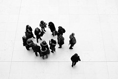 Inside Outside (aka 9) (Philipp Klinger Photography) Tags: uk england people bw white black london lines museum circle outside stand nikon europe britain geometry walk united great 9 kingdom bloomsbury bm gb british inside topf150 philipp klinger d700 sigma50mmf14 goldstaraward dcdead rubyphotographer
